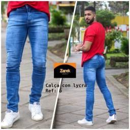 Calça jeans skiny super luxo com Lycra.
