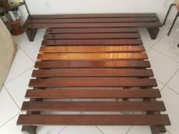 Cama japonesa em madeira de lei / Indestrutível