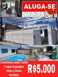 Casa com 3 dormitórios + piscina// Climatizada!  Aluguel!!