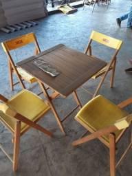 Mesa Skol 4 cadeiras