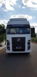 Caminhão toco VW 19-320 Constelation 2010