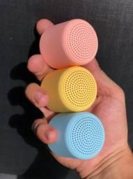 Mini caixa de som POTENTE