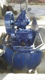 Maquina pneumatica de fabricar blocos