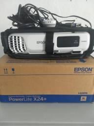 Projetor multimídia Epson novo e powerlitex24