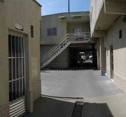 Alugo Apart. 01Qt-Climatizado por $: 900 prox. Av. Barão do Rio Branco e Av. das Torres