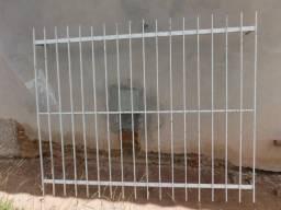 Grade de Ferro 1,70m x 1,40cm para Janela