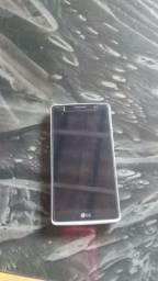 Vende-se esse LG G4 8GB 3G com detales na capinha trazeira