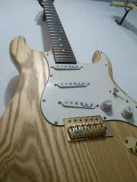 Guitarra tagima Ash Gold
