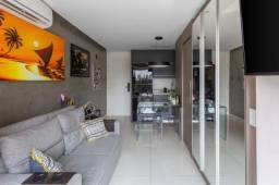 Belo Apartamento em Perdizes, com 1 dormitório, sendo 1 suíte, 1 vaga e área de 30 m²