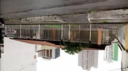Casa Comercial com 200m² construidos e 630m² de terreno na Praia de Itaparica