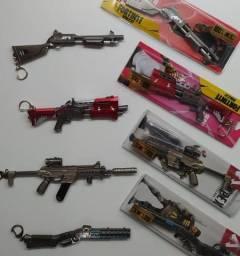 Chaveiro Fortnite Miniatura Arma Gamer Action