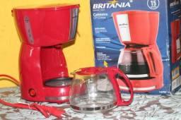 Cafeteira CP15 Inox (Britânia) - Vermelha 110V