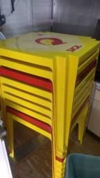 Jogos de Mesas e cadeiras semi novas e também usadas