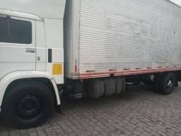 Vendo caminhão toco