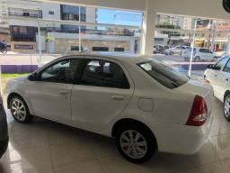 Toyota Etios X Plus Sedan Automático