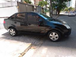 Fiesta sedan 2010 completo