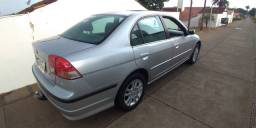 Honda Civic LX 2005 autom., Gas. Completo, terceiro dono muito conservado.