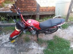 Vendo uma moto Honda cg 125 esd