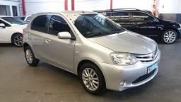 Toyota etios xls 1.5 completo prata