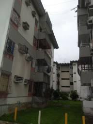 Apartamento 2 quartos Candeias excelente localização R$ 750,00 Próximo de tudo