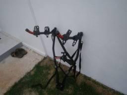 Vendo bicicleta e suporte pra colocar no carro