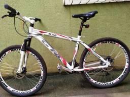 Bicicleta GTA MX6 - Aro 26