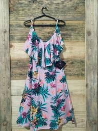Vendo roupas Femininas ( vestidos , Macaquinhos e  calcinhas)