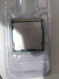 Intel core i3 , e um xeon !!