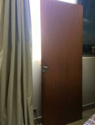 Porta com fechadura