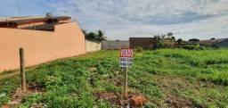 Vendo Lote 300m² Veiga Jardim 4(10m frente/fundo x 30m laterais),escriturado e registrado