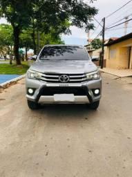 Toyota Hilux SRX