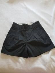 Shorts GAP estilo alfaiataria
