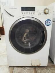 Máquina de lavar Electrolux lava e seca