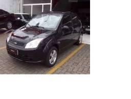 Ford Fiesta Sedã preto 2006/2007, 04 portas, Flex, segunda dona