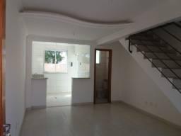 Excelente casa Geminada Duplex regiao da Pampulha, Duas vagas de Garagem