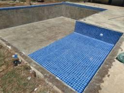 Título do anúncio: Construção  e reforma de  piscina  em até 10 vezes no cartão.