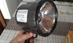 Lanterna Nautika com foco de mão