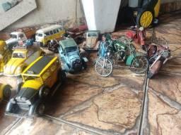 Miniaturas carros reais e motos originais