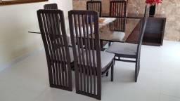 Mesa com cadeiras (madeira)