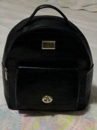 Vendo uma  bolsa mochila