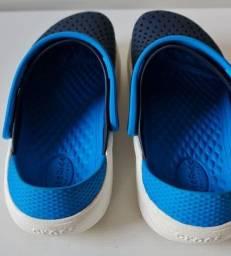 Título do anúncio: Crocs LITERIDE tamanho 30