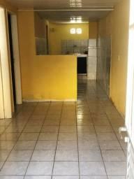 Alugo casa 450$