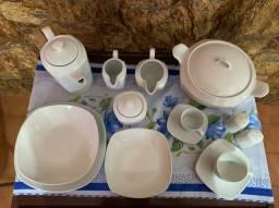 Aparelho de jantar e chá porcelana