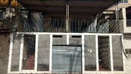 Vendo 3 Casas - Garagem - Centro Duque de Caxias