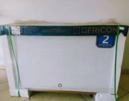 Freezer Fricon tampo de vidro 411 Litros Novo