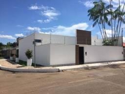 Belíssima Casa no Jardim Tropical