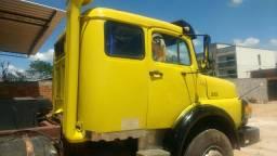 Caminhão trucado - 1983