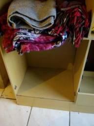 Vendo guarda roupas de casal
