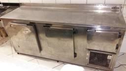 Balcão Inox Refrigerado, de parede