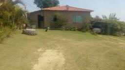 Lindo Sítio em Piedade, de 6.000 m², 1 km Asfalto, Casa 2 Quartos, Pomar, Pasto, Sossego